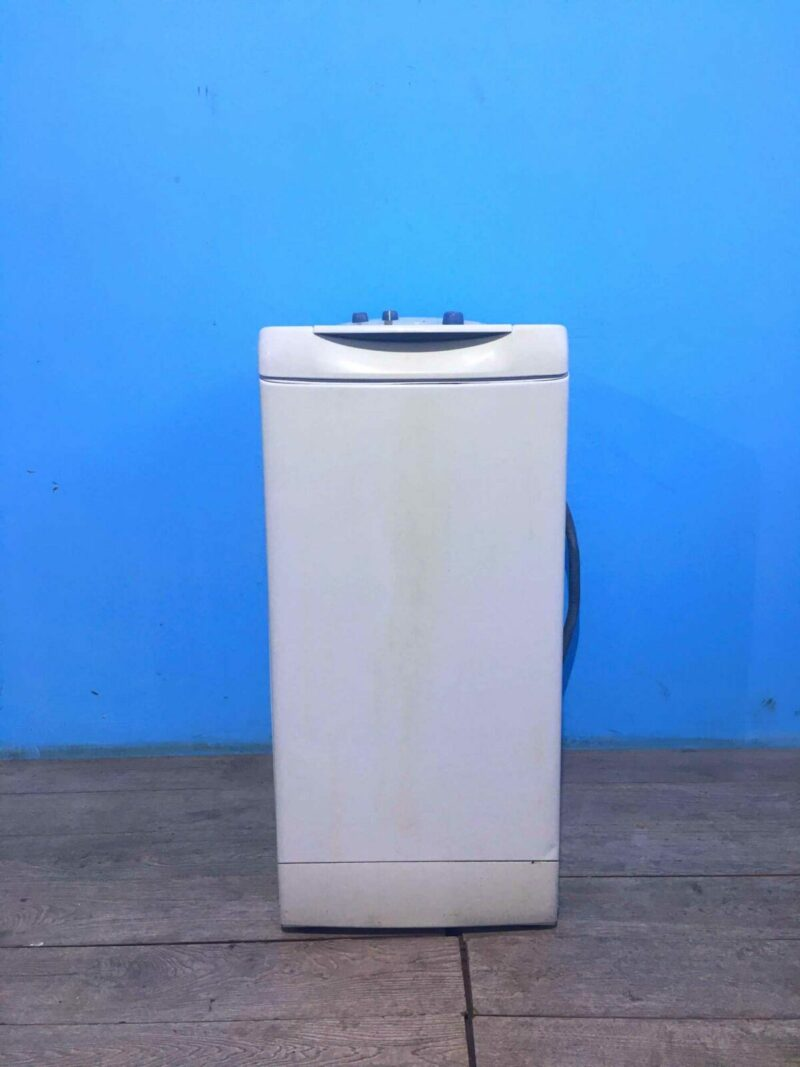 Стиральная машина Ariston 6кг | 1000 обмин | арт743